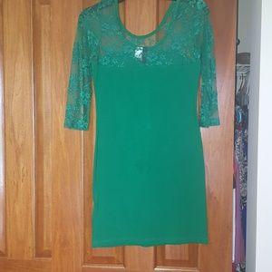 NWOT green body con dress